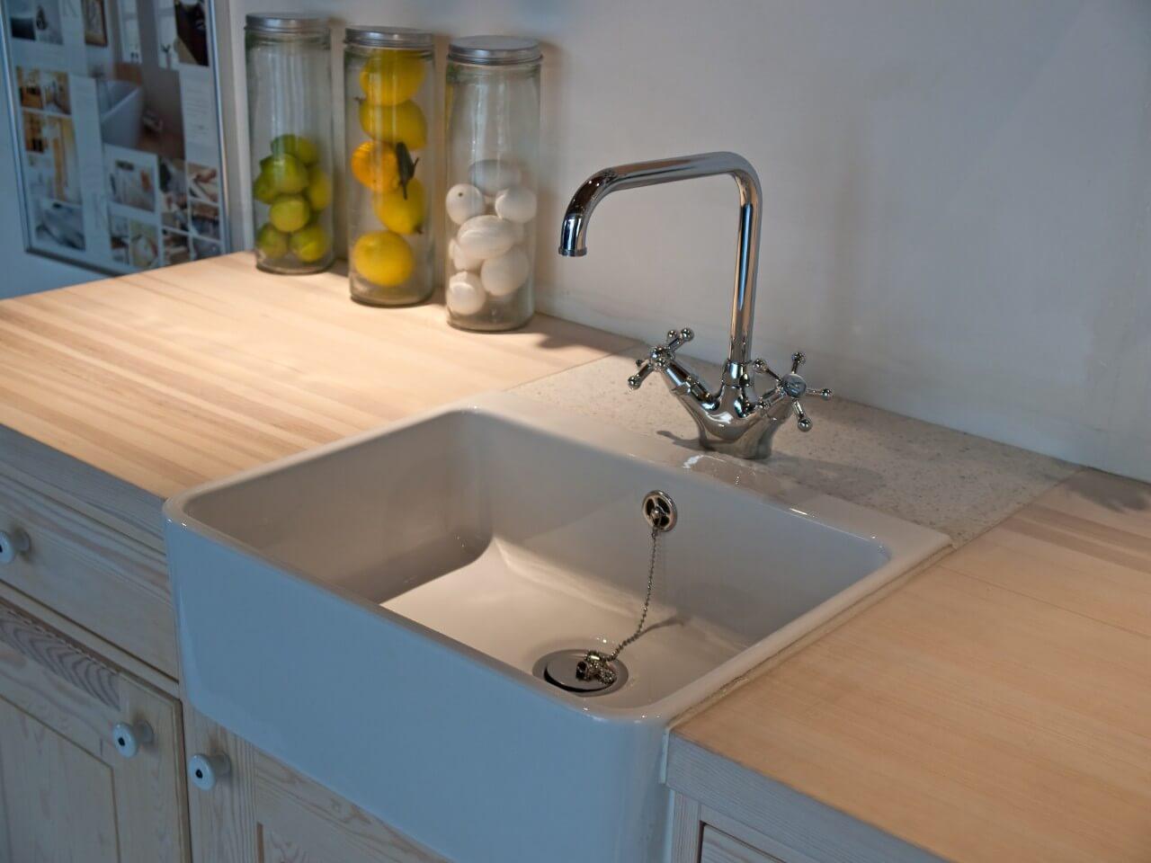 empty clean kitchen sink
